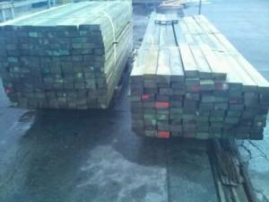 drewno przygotowane do transportu
