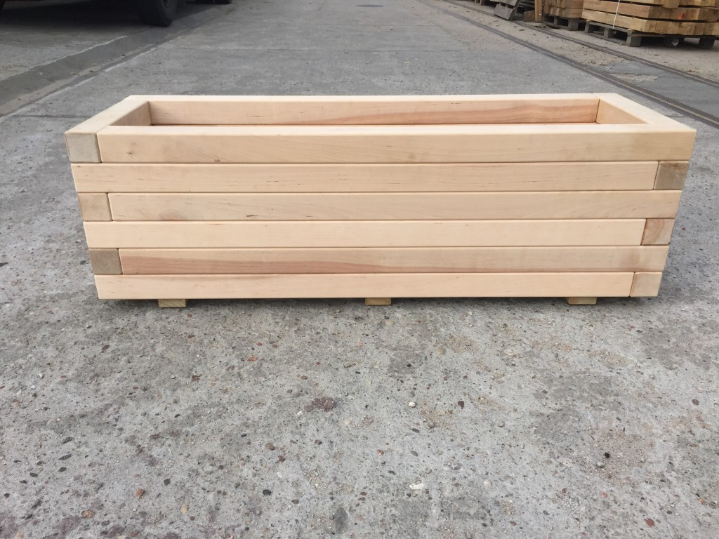 drewno starannie obrobione