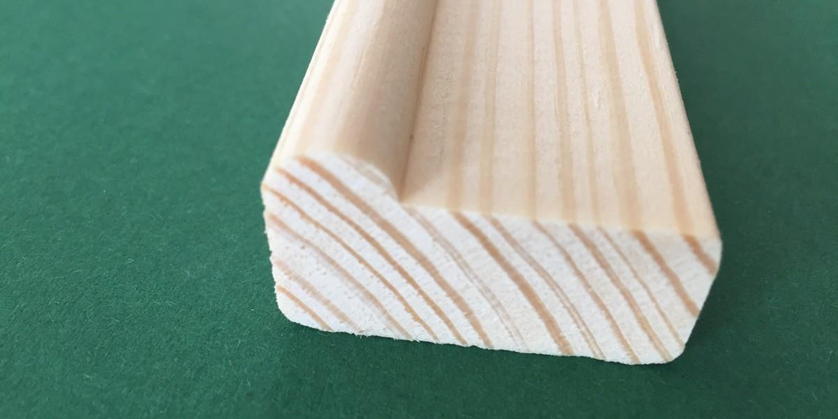 listwa sosnowa 35*20 mm, grubszy górny wałek