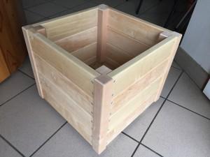 wykonana z drewna liściastego